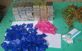 Phát hiện gần 60 bánh heroin giấu trong thùng nhãn