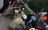 """Hàng chục phương tiện gặp nạn vì """"đinh tặc"""" trên cao tốc Hà Nội - Bắc Giang"""