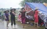 Dân Hà Nội lập lán trông coi ngày đêm, chặn xe rác đổ xuống chân đê sông Hồng