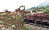 Thông đường sắt Hà Nội-Lào Cai sau nhiều ngày chia cắt 