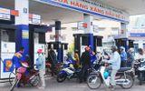Giá xăng tiếp tục giảm vào ngày mai?