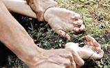 Hà Nội: Giải cứu người phụ nữ bị tên cướp cưỡng bức giữa đồng
