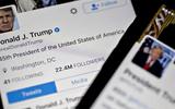 Tài khoản Twitter của Tổng thống Mỹ Donald Trump bị khóa sau khi chỉ trích các đối thủ
