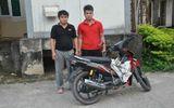 Hai kẻ trộm chó dùng kích điện chống trả cảnh sát