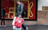 """Black Friday 2017: Các nhà bán lẻ truyền thống """"kêu trời"""" vì gặp khó"""