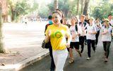 Lý Nhã Kỳ chạy bộ ủng hộ chương trình vì bệnh nhân ung thư
