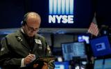 """Cổ phiếu các hãng bán lẻ """"ruc rịch"""" tăng trước ngày Cyber Monday khởi động"""