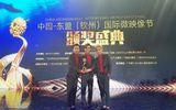 Vắng bóng tại Việt Nam, HKT bất ngờ nhận giải tại Trung Quốc