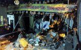 Giữa đêm, ô tô tải tông sập tường ngôi chùa ở TP. HCM