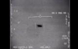 Mỹ công bố video chiến đấu cơ F-18 truy đuổi UFO