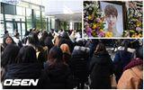Fan nghẹn ngào, đồng nghiệp thương tiếc đến viếng Jonghyun (SHINee)