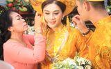 Quà cưới vàng ròng, kiềng đeo trĩu cổ của Lâm Khánh Chi trong lễ vu quy