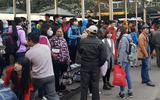 Hà Nội: Bến xe quá tải do người dân về quê nghỉ Tết Dương lịch