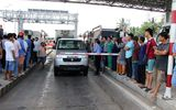 BOT Cần Thơ - Phụng Hiệp ùn tắc 5km vì tài xế phản đối