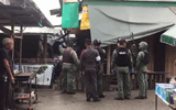 Xe chở bom nổ giữa chợ ở Thái Lan, 21 người thương vong