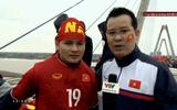Clip: Quang Hải xúc động trước biển người chào đón U23 Việt Nam