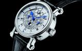 Đồng hồ hàng hiệu làm từ vật liệu hàng không vũ trụ giá đến 300 triệu đồng