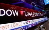 Chứng khoán Mỹ tiếp tục lao dốc, Dow Jones mất 1.000 điểm
