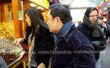 Lộ ảnh bà Yingluck và anh trai Thaksin đi mua sắm tại Bắc Kinh