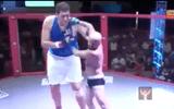 Trận so găn chêch lệch 77cm của võ sĩ cao nhất lịch sử MMA