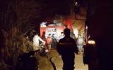 Kịp thời cứu thoát 5 cháu nhỏ trong căn nhà bốc cháy dữ dội