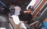 Clip: 2 thanh niên dàn cảnh trộm xe máy tinh vi trước cửa hàng trà sữa