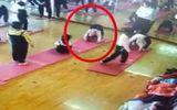 Tập Yoga, bé gái 4 tuổi nguy cơ liệt vĩnh viễn