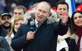 Ông Putin nhận được sự ủng hộ nhiệt liệt của người dân trước thềm bầu cử tổng thống Nga