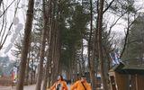 Văn Mai Hương và Bình An diện đồ đôi, nắm tay nhau đi du lịch Hàn Quốc