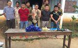 """5 đối tượng người Lào đặc biệt nguy hiểm """"thủ"""" súng đi buôn ma túy"""