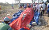 Ngư dân Phan Thiết an táng cá Ông 3 tấn chết trôi dạt vào bờ