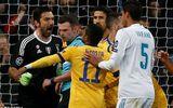 Lộ danh tính kẻ đánh lén trọng tài khiến Buffon phải nhận thẻ đỏ oan