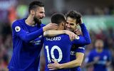 """Fabregas lập """"siêu phẩm"""", Chelsea nuôi hy vọng vào top 4"""