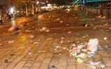 Đà Nẵng: Rác ngập đường sau đêm khai mạc lễ hội pháo hoa