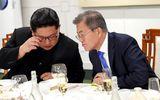 Có gì trong chiếc usb Tổng thống Hàn Quốc trao cho lãnh đạo Triều Tiên?