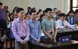 Bác sĩ Hoàng Công Lương xúc động khi được người nhà nạn nhân đề nghị tòa tuyên vô tội
