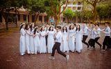 Những khoảnh khắc ấn tượng trong lễ bế giảng của các sĩ tử lớp 12 trước khi vượt vũ môn
