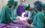 Phẫu thuật cứu bé gái 20 ngày tuổi mắc bệnh lý còn ống động mạch