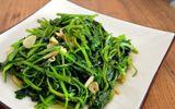 Cách làm rau muống xào tỏi giòn ngon xanh mướt, ăn là mê
