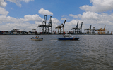 Tìm thấy thi thể 2 nạn nhân mất tích trong vụ chìm sà lan trên sông Sài Gòn