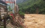 Nghệ An: Xót xa cảnh mưa lũ đánh sập trường học