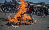 Phản đối kết quả bầu cử, bạo động đẫm máu xảy ra ở Zimbabwe