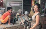 Khoảnh khắc cậu bé Việt Nam che chở cho chú vịt sắp bị giết thịt lên báo nước ngoài