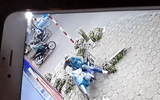 Video: Thanh niên trộm xe máy của cô gái bán hoa nhanh như chớp ở Hà Nội