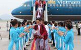 Khoảnh khắc đội tuyển Olympic Việt Nam được chào đón tại sân bay Nội Bài