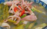 Món ngon mỗi ngày: Canh mực dưa chua giải ngán sau lễ