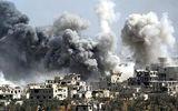 """Syria """"căng như dây đàn"""": Nga tố Mỹ ném bom hóa học xuống thị trấn Hajin"""