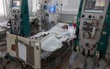 Cả nhà du lịch Đà Nẵng: Mẹ và con gái tử vong, bố nguy kịch nghi do ngộ độc