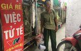 """Vụ cháy ở Đê La Thành: Ông Hiệp """"khùng"""" lên Phú Thọ thăm hỏi người nhà nạn nhân"""