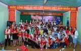 """""""Đại sứ Đại dương xanh"""" tổ chức phát quà Trung thu cho trẻ em nghèo Đắk Lắk"""